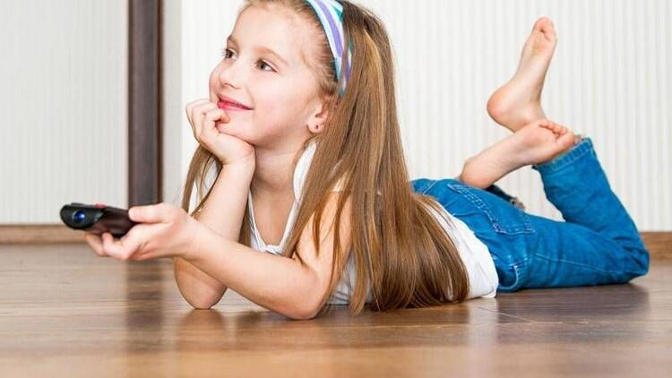Çocuklar televizyonda ne tür programlar izlemeli?