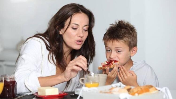 Kahvaltı yapmak okul başarısını artırıyor
