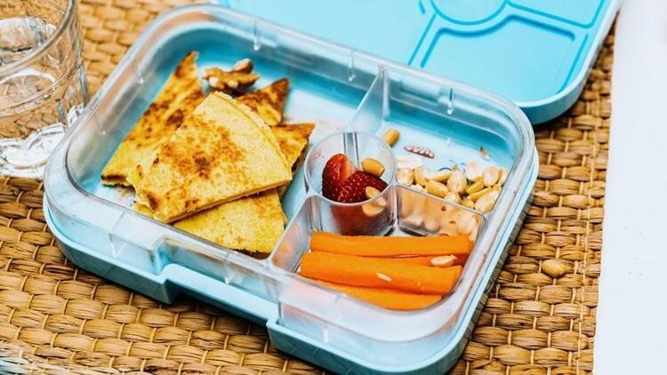 Beslenme çantasında bunlar mutlaka olsun!