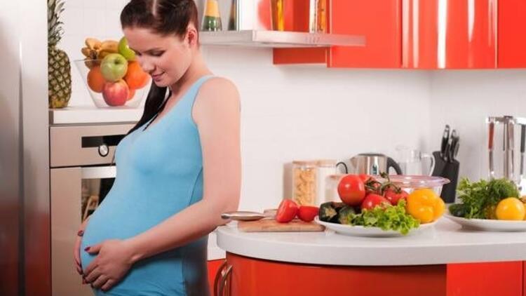 Anne adayları için sağlıklı yemeğin püf noktaları