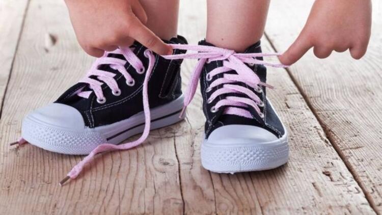 Çocuklara özel ayakkabı modelleri