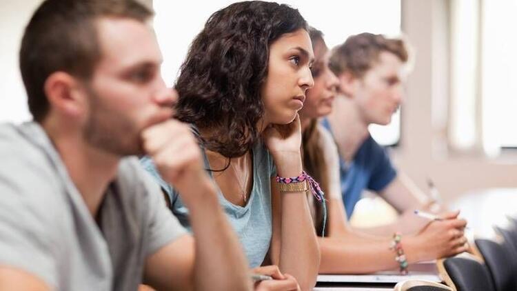 Ezberci eğitim sistemi öğrencileri sıkıyor