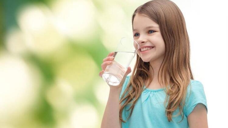 Çocuklarda yetersiz sıvı tüketimine dikkat!