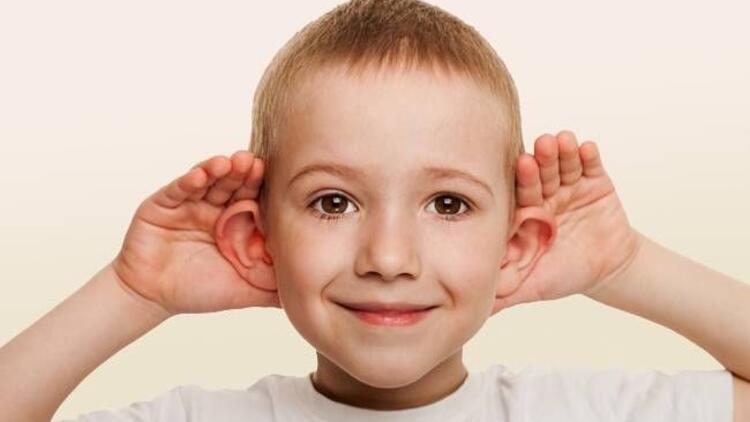 Kepçe kulak, okula başlamadan tedavi edilmeli