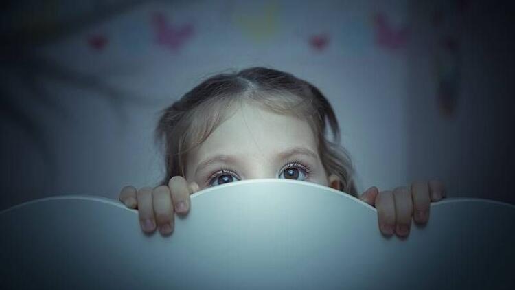 Çocuğunuzun karanlık fobisi mi var?