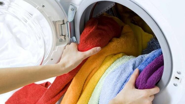 Çamaşırlarınızı yumuşatmanın yolu mutfaktan geçiyor!