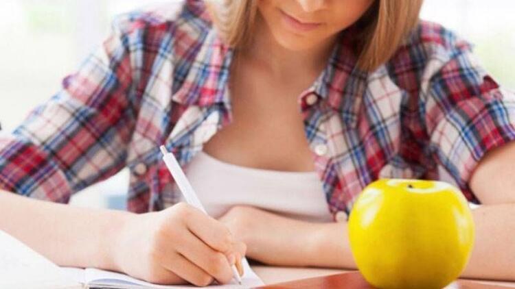Sınav öncesi ve sınav günü nasıl beslenilmeli?