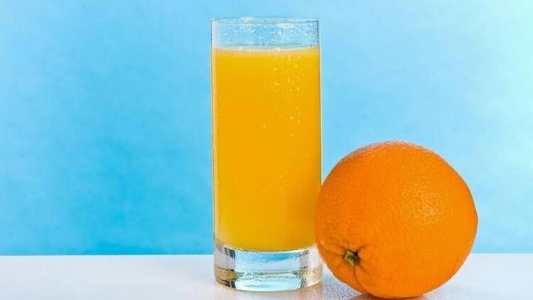 Etin yanında portakal suyu tüketmenin faydası