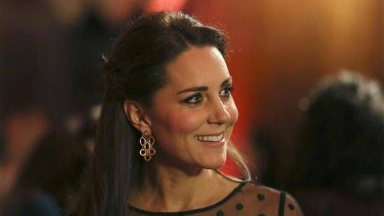 Kate Middleton artık karnını gizleyemiyor