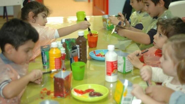 Moms Cafe'nin atölye çalışmalarına çocuklar bayılıyor