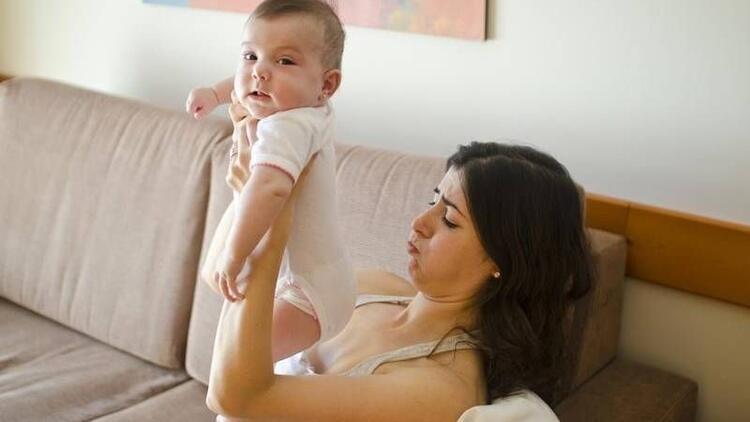 Yeni anne babaların yaşadığı en travmatik 12 durum