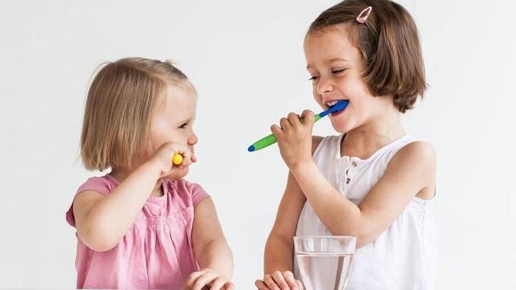 Çocukların diş sağlığını koruyacak yöntemler
