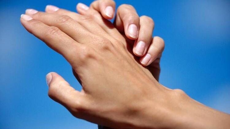 Parmaklarınızdaki değişimler hastalık habercisi