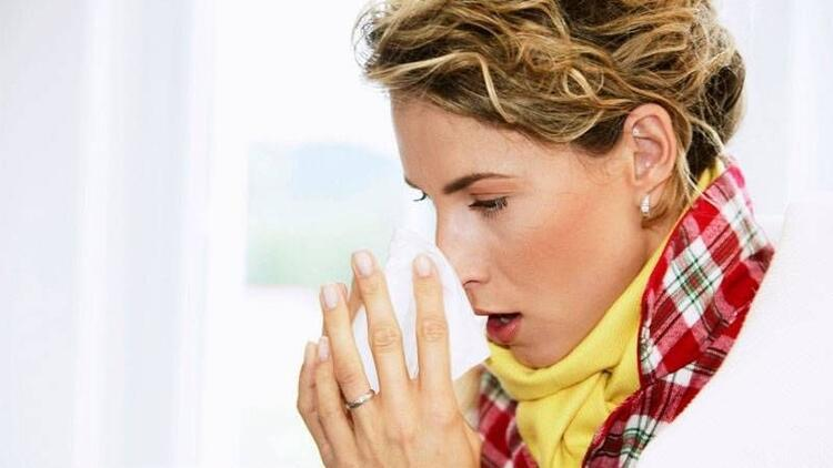 Sürekli tekrarlayan grip sinüziti tetikliyor