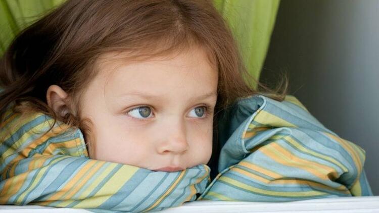 Çocuklarda depresyondan ne zaman şüphelenmeliyiz?