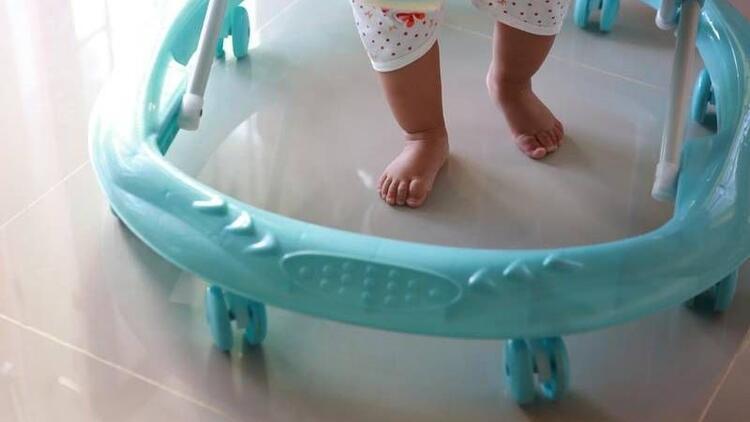 Bebek yürüteçleri tehlike saçıyor!