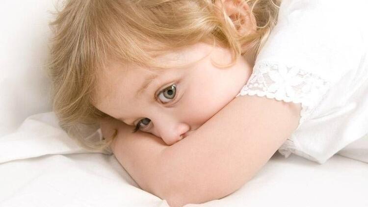 Çocukların korkularına ebeveynler nasıl yaklaşmalı?