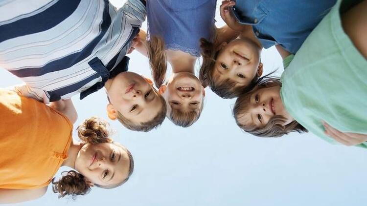 Çocuğunuzun sosyal gelişimine yardımcı olun!