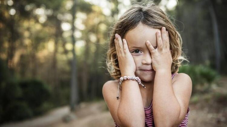 Otizmli çocuklarda hangi konuşma sorunları görülür?