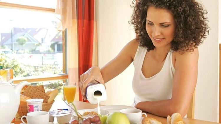 Kadınların mutlaka yemesi gereken 9 süper gıda