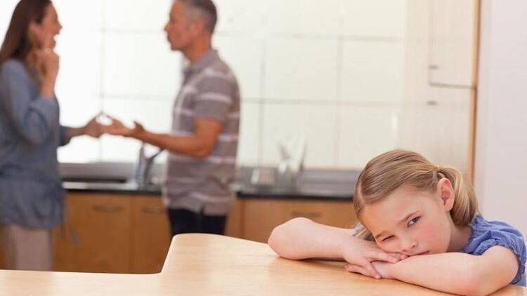 Boşanmanın sorumlusu çocuklarınız olmamalı!