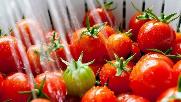 Meyve ve sebzeler çamaşır suyuyla temizlenmeli mi?