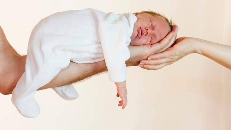 Bebeklerde kafa şekillenmesi kaçıncı aya kadar sürer?