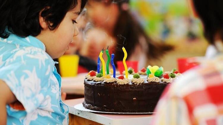 9 yaş için doğum günü pastaları