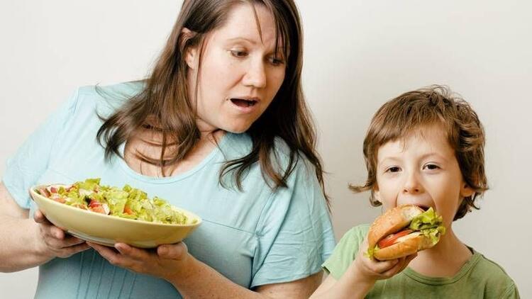 Anne kiloluysa çocukta da risk yüzde 50 artıyor!