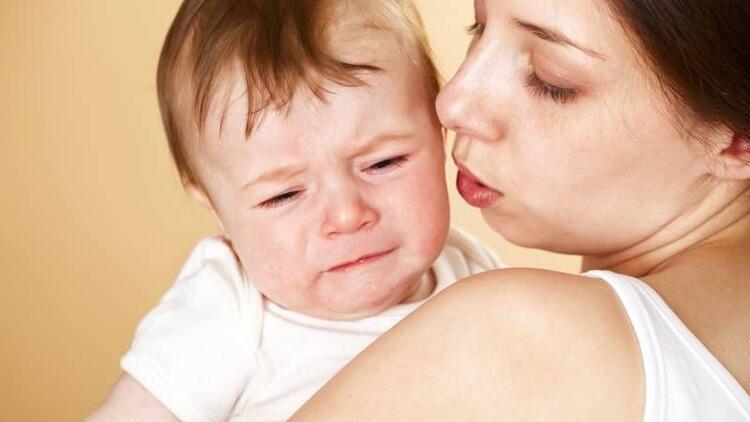 Bebeğinizin gaz sancısını nasıl giderebilirsiniz?