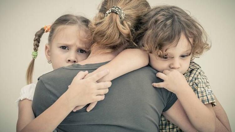 Çocuğunuzu kendinize bağımlı yetiştirmeyin!