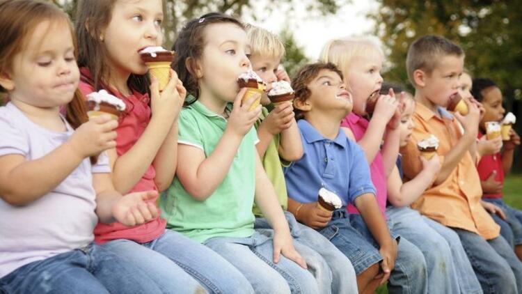 Çocuklar için alternatif bir ara öğün: Dondurma