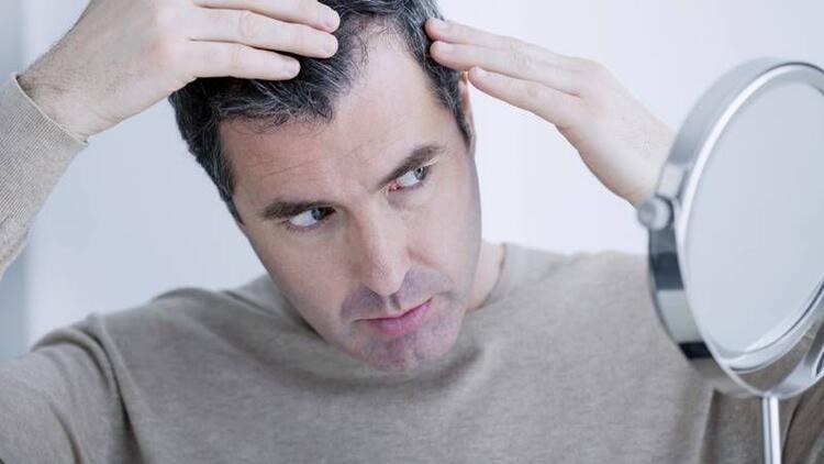 Saç dökülmeleri neden olur?