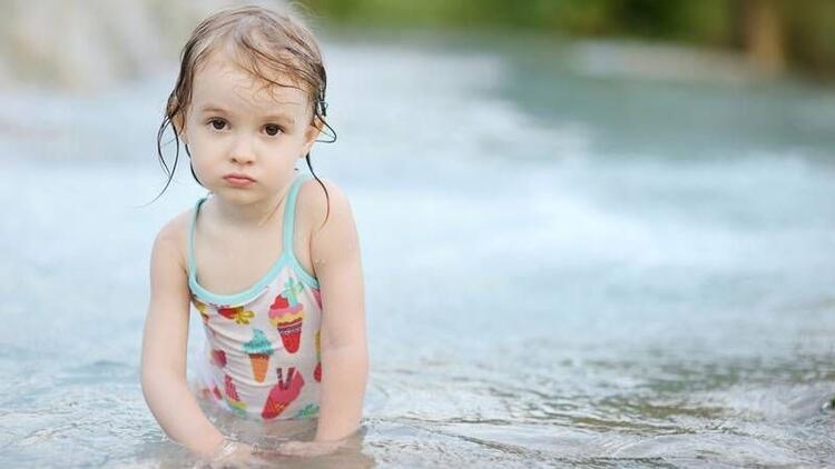 Denizden korkan çocuğa nasıl yaklaşmalı?