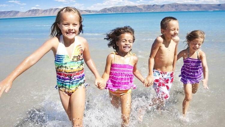Çocukların suda oynayabileceği 6 oyun