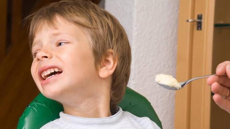 İştahsız çocuğa yemek yedirmenin kolay yolları