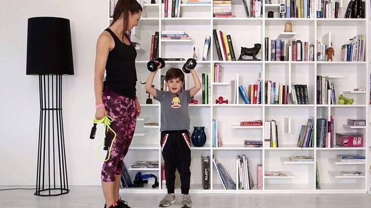 Evde çocuğunuzla yapabileceğiniz egzersizler