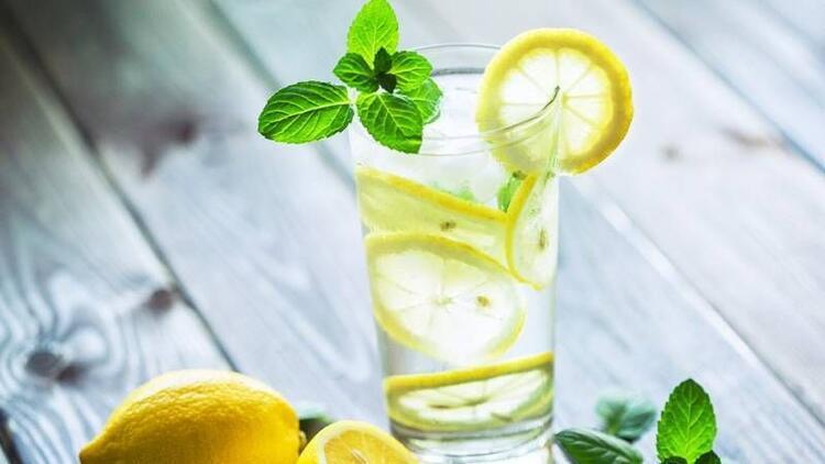 Güne limonlu su içerek başlamanın 7 yararı!