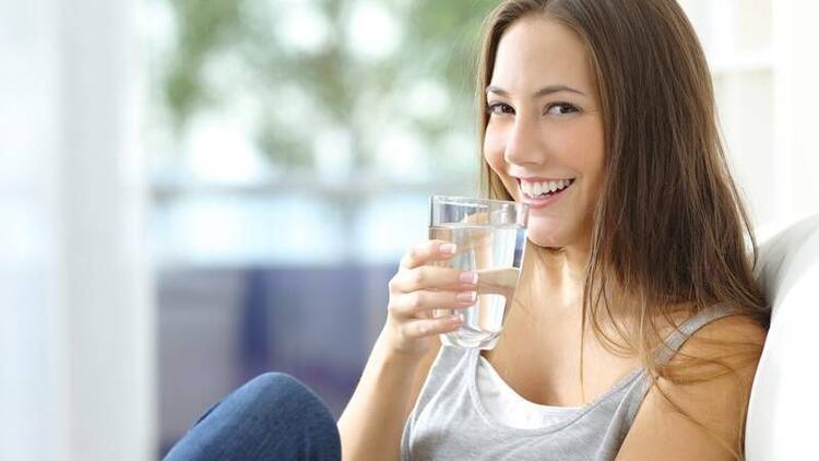 Daha fazla su içmenizi sağlayacak 7 öneri!