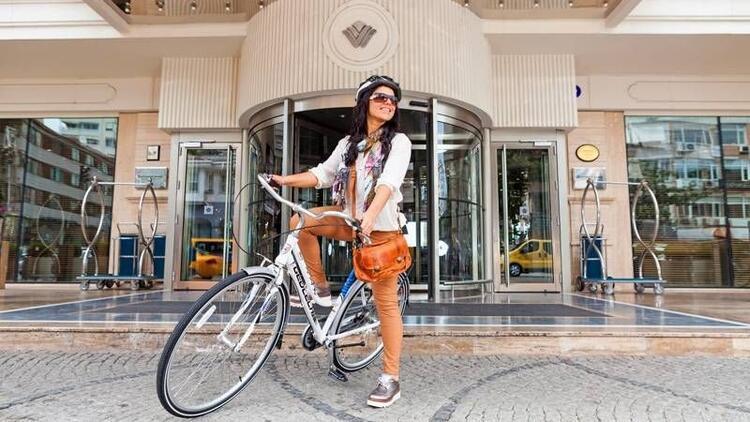 Şehrin karmaşasından pedal çevirerek uzaklaşın!