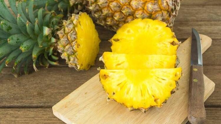 Ödeme karşı ananas tüketin!