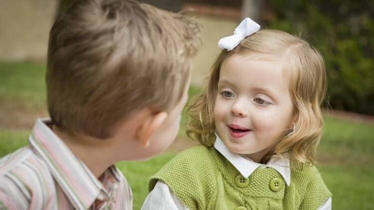 Çocuklarda dil gecikmesi nasıl anlaşılır?