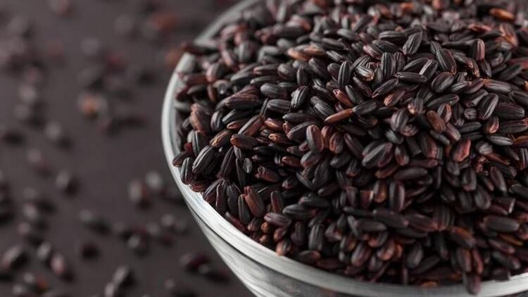 Siyah pirinç yiyen yaşlanmıyor