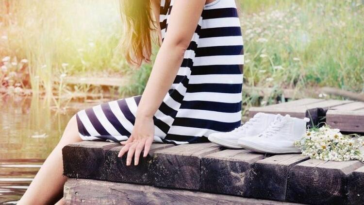Yazın ne tür ayakkabılar tercih edilmeli?