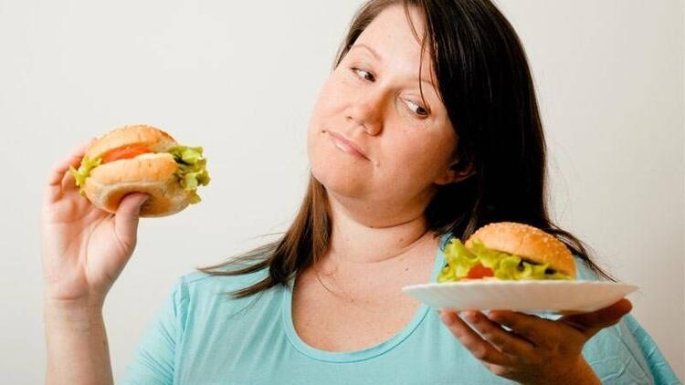 Neden şişmanlarız? İşte kilo alma nedenleri...