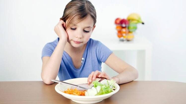"""""""Çocuğum yemek yemiyor, ne yapmalıyım?"""""""