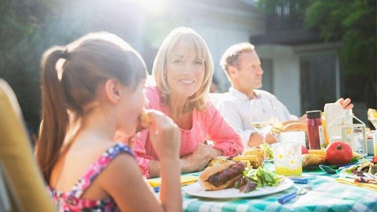 Sağlıklı bir bayram geçirmenin 8 adımı