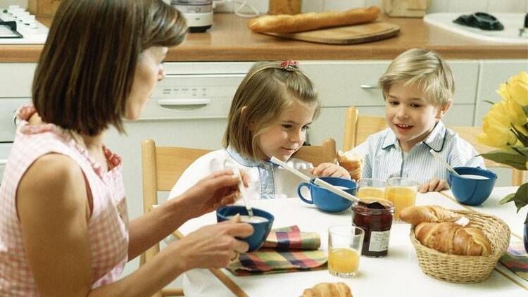 Başarılı okul hayatı için düzenli kahvaltı şart!