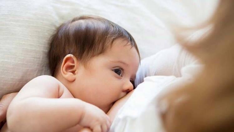 Emzirmeyi bırakma sürecinde annelere ipuçları