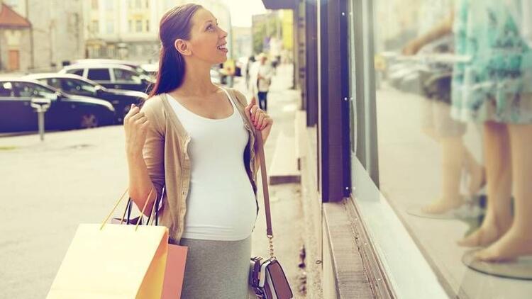 Hamilelikte kıyafet seçimi nasıl olmalı?